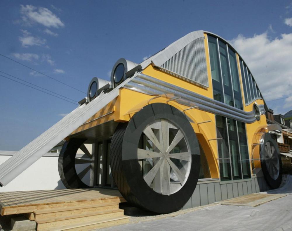 Къща под формата на автомобил в Залцбург