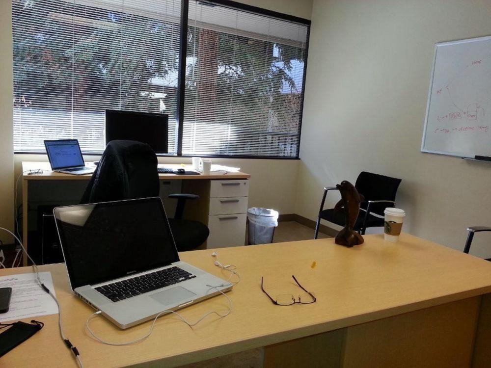 Основни видове столове за офиса