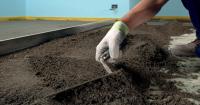 Изборът на замазка с добра топлопроводимост ви позволява да монтирате високо енергийно ефективни подове.