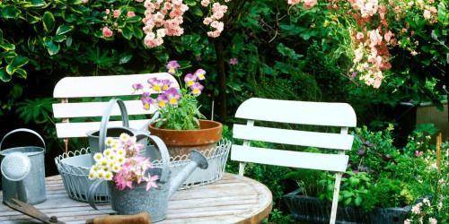 Приказен градински оазис от палети