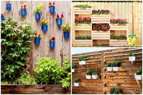 Използвайте пространството във височина, като окачите саксиите на оградата