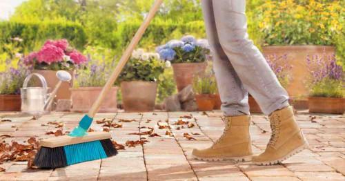 Почистване на двора в няколко лесни стъпки