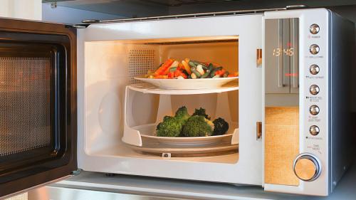 Как да готвим в микровълнова?