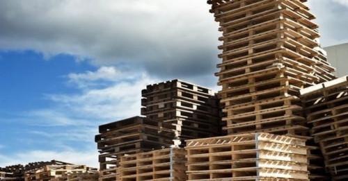 Мебели от палети: Как да изберем подходящ материал за своите проекти