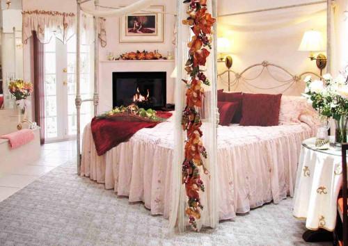 Как да постигнем романтичен интериор в спалнята