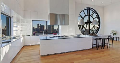 Мебели и декорации от метал: красиви комбинации в интериора