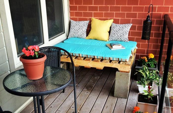 Осигурете височина и стабилност на дивана