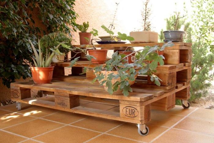 Изберете подвижни мебели от палети