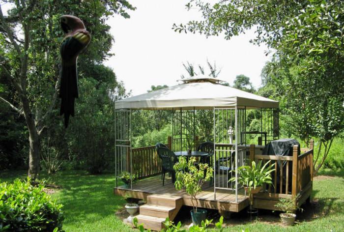 Лека конструкция за топлите дни в градината