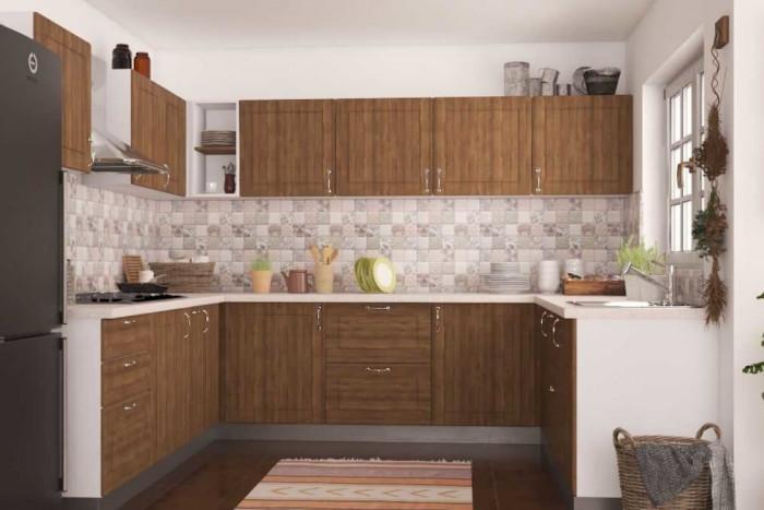 Тъмните дървени шкафове съчетайте със светъл кухненски плот