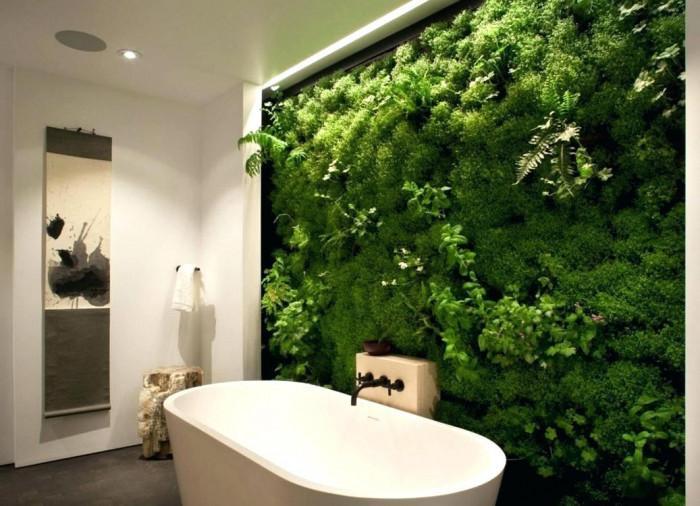 Вертикална градина в банята