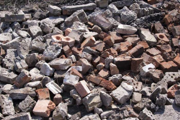 Трябва ли да събирам строителните отпадъци разделно?