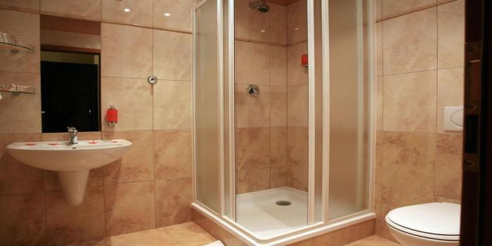 Мивка, тоалетна чиния, вана, душ кабина, мебели или… правилният избор е важен