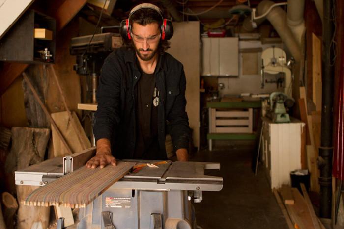След тежка травма Ник се захваща с дърводелство
