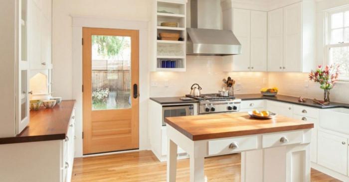 Какво да гледаме при избора на маса за малка кухня
