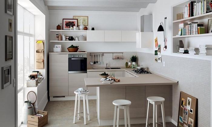 Малка кухня - снежнобял дизайн за повече пространство