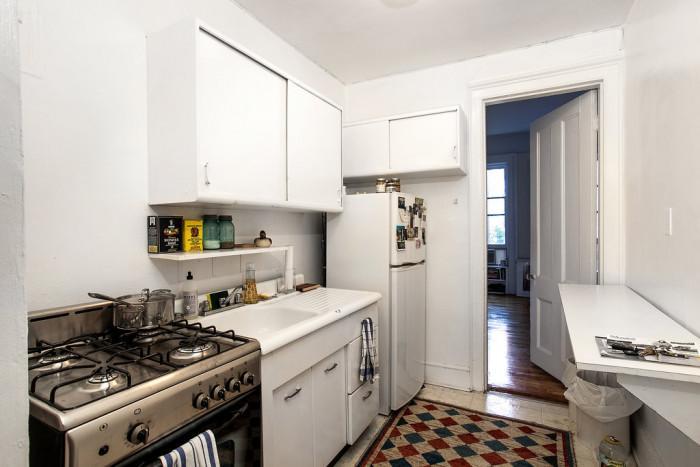 Малка кухня в съвременен нюйоркски стил