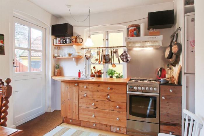 Малка кухня от 6 кв.м – оригинален рустик стил