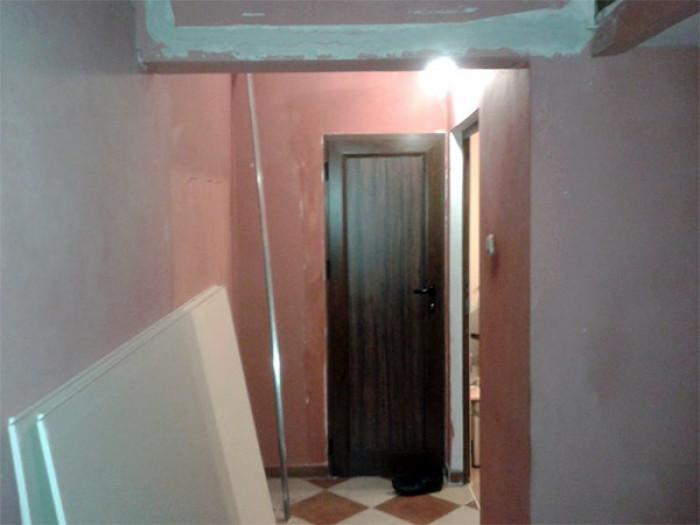 Заявката за Шпакловане, боядисване на коридор 20кв., изграждане на окачен таван, София