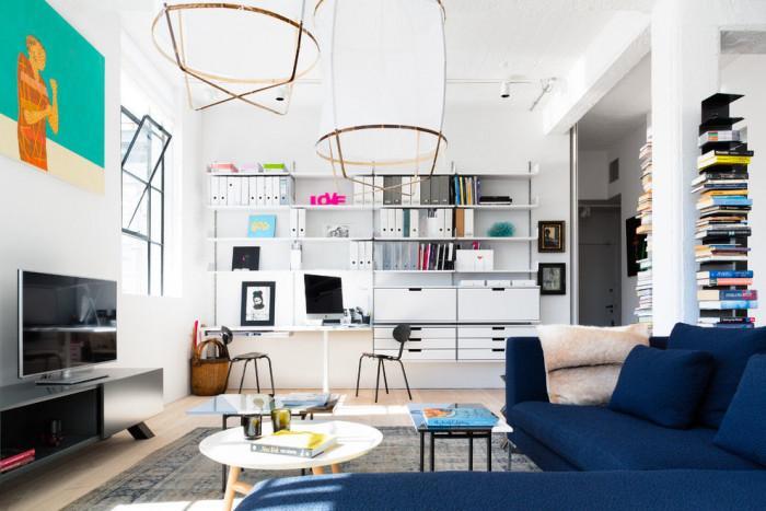 Малък апартамент, побрал небрежността на индустриализма и комфорта на съвременния дизайн