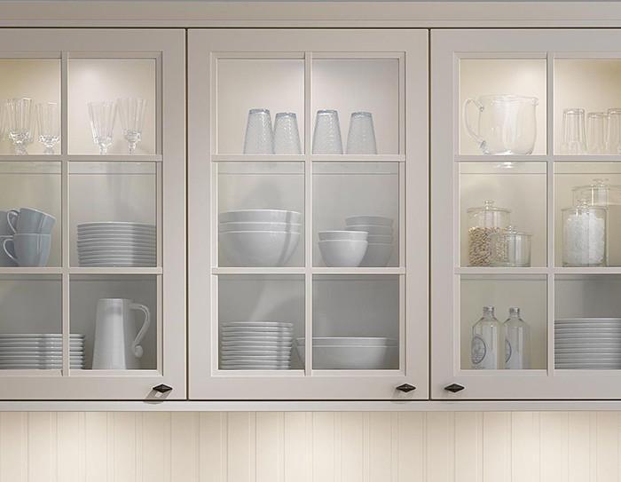 Стъклените витрини ще блеснат със смес от оцет и вода
