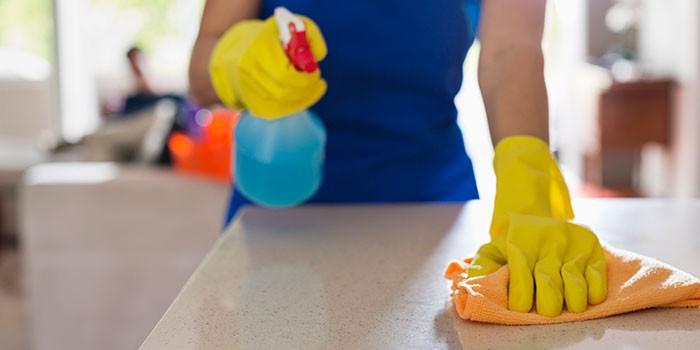 Почистете шкафовете, плотовете и пода: Стъпка 5