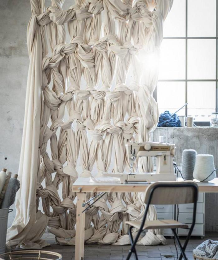 Разделител за стая от текстил