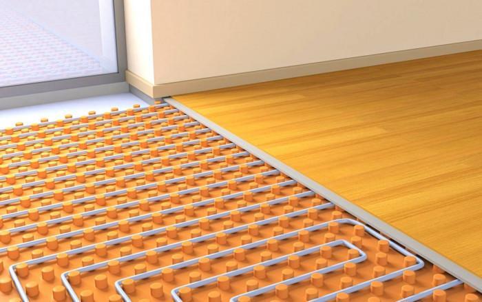 Кои подови настилки са подходящи при водно подово отопление?