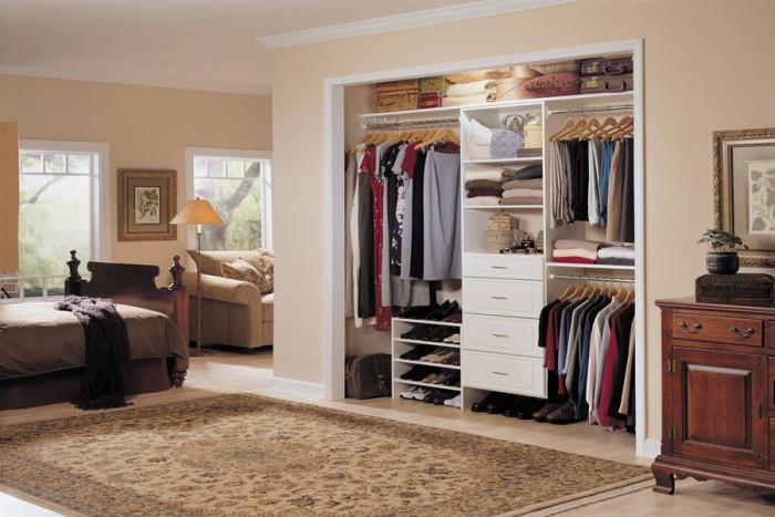 Намалете мебелите за съхранение на вещи