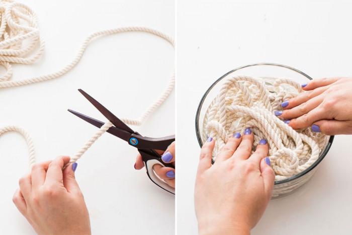 Предварително накиснете въжето в купа с вода