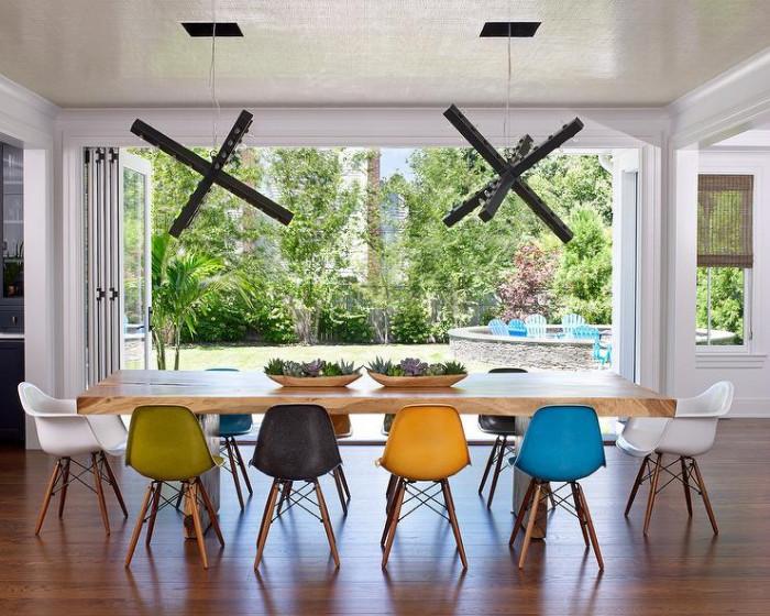 Мебели в различни цветове. Защо не?