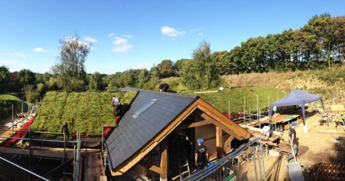 Зелен покрив върху съществуваща сграда