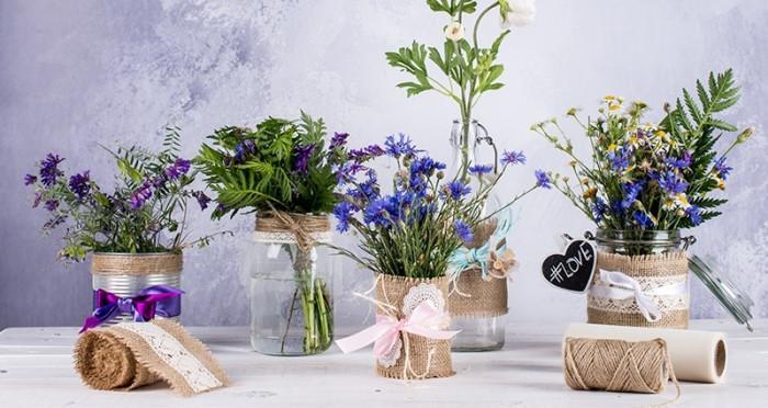 Буркани с цветя