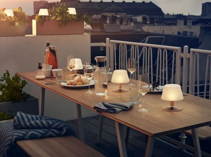 Няколко добри идеи за соларните лампи на терасата