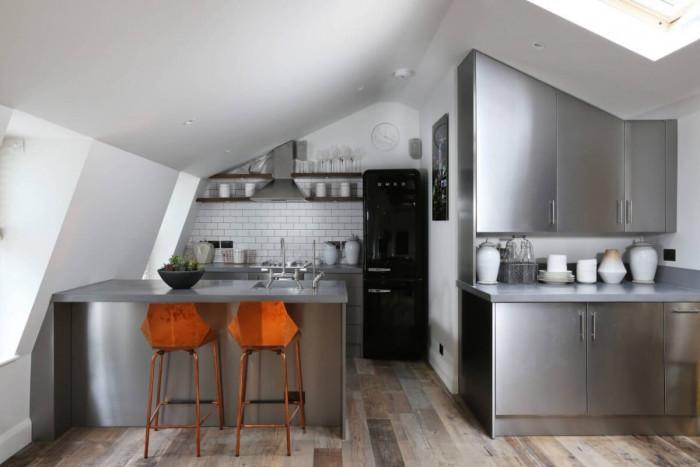 Експериментирайте с иноксови кухненски шкафове