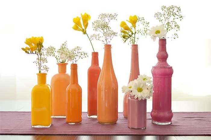 Красиви вази от празни бутилки