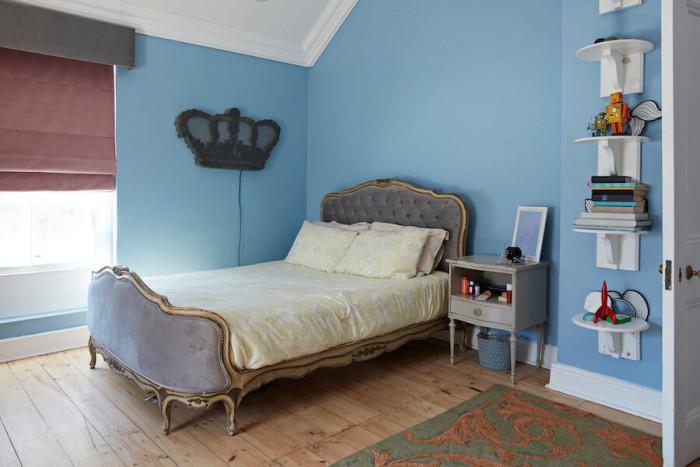 С функционални мебели малката спалня става голяма