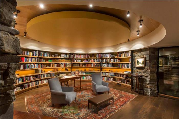 Функционални и стилни спалня и библиотека