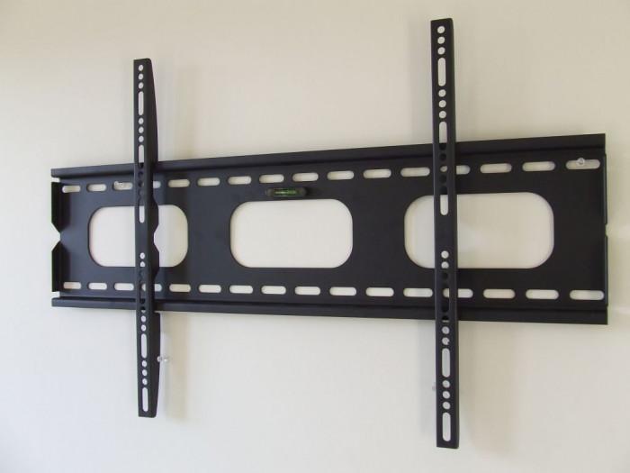 Стъпка 3 за монтиране на стойка за телевизор: