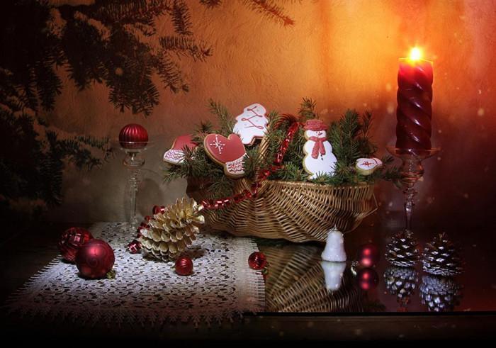 Свещи -  те носят магията на зимните празници