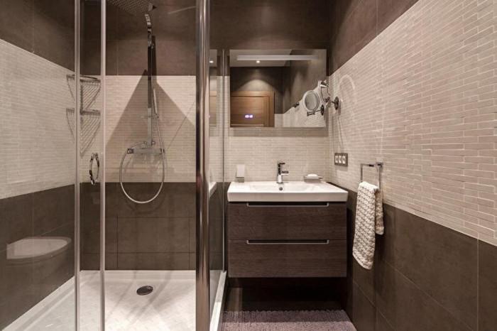 Трикове за визуално увеличаване на пространството на малка баня