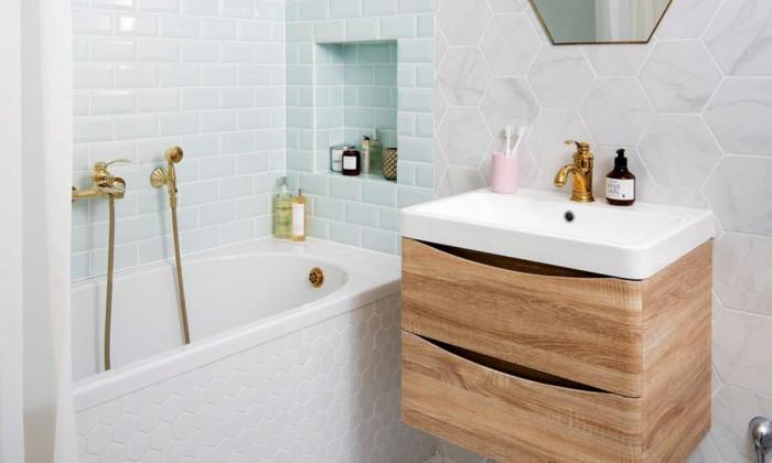 Има ли място за мебели в малката баня?