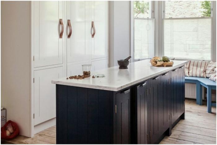 Вертикални орнаменти за кухненските шкафове
