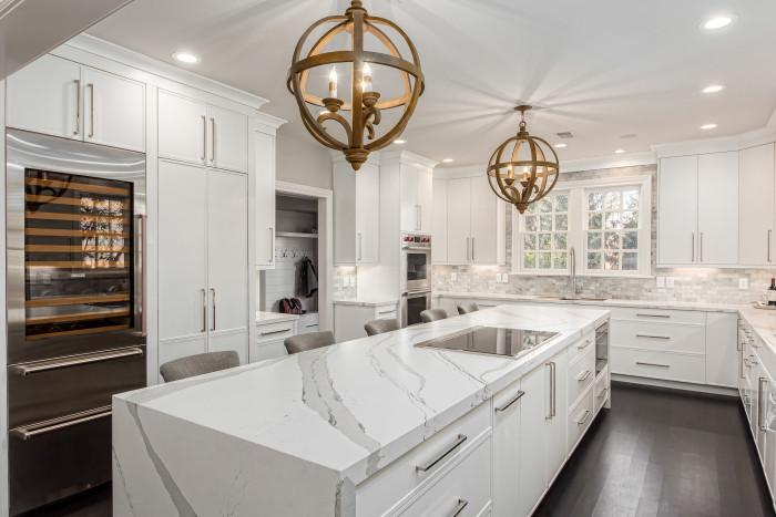 Недостатъчното осветление в кухнята е проблем