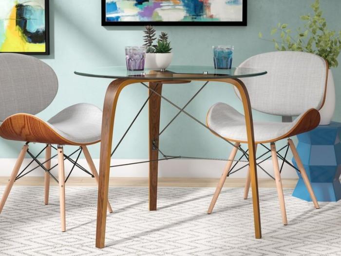 5. Малка маса със стъклен плот