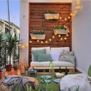 Светлинките са перфектният завършек на райското ви кътче!