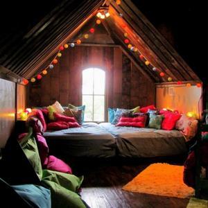 Да превърнем подпокривното пространство в уютна къщичка