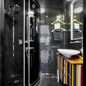 Уникална баня и тоалетна