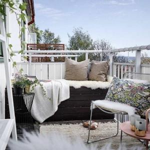 Таванско балконче