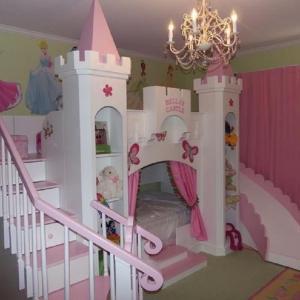 Замъкът е чудесен избор за всяка принцеса!